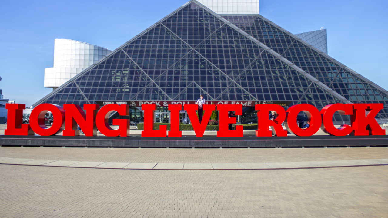rock-and-roll-hall-of-fame_204141