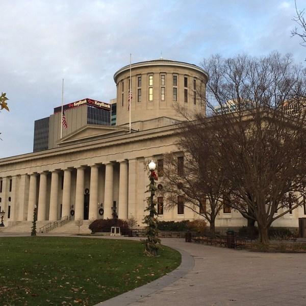 ohio-statehouse-christmas_226323