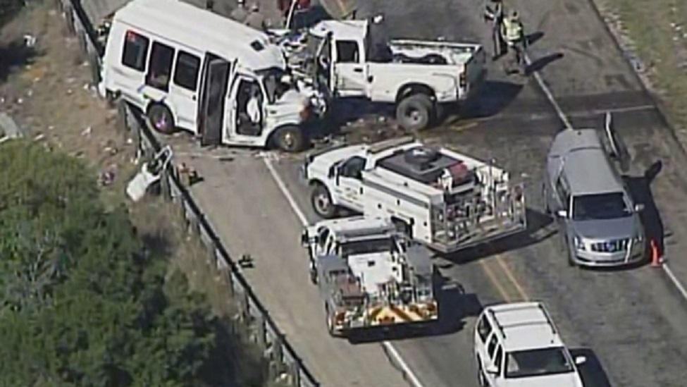 concan-bus-crash_277289