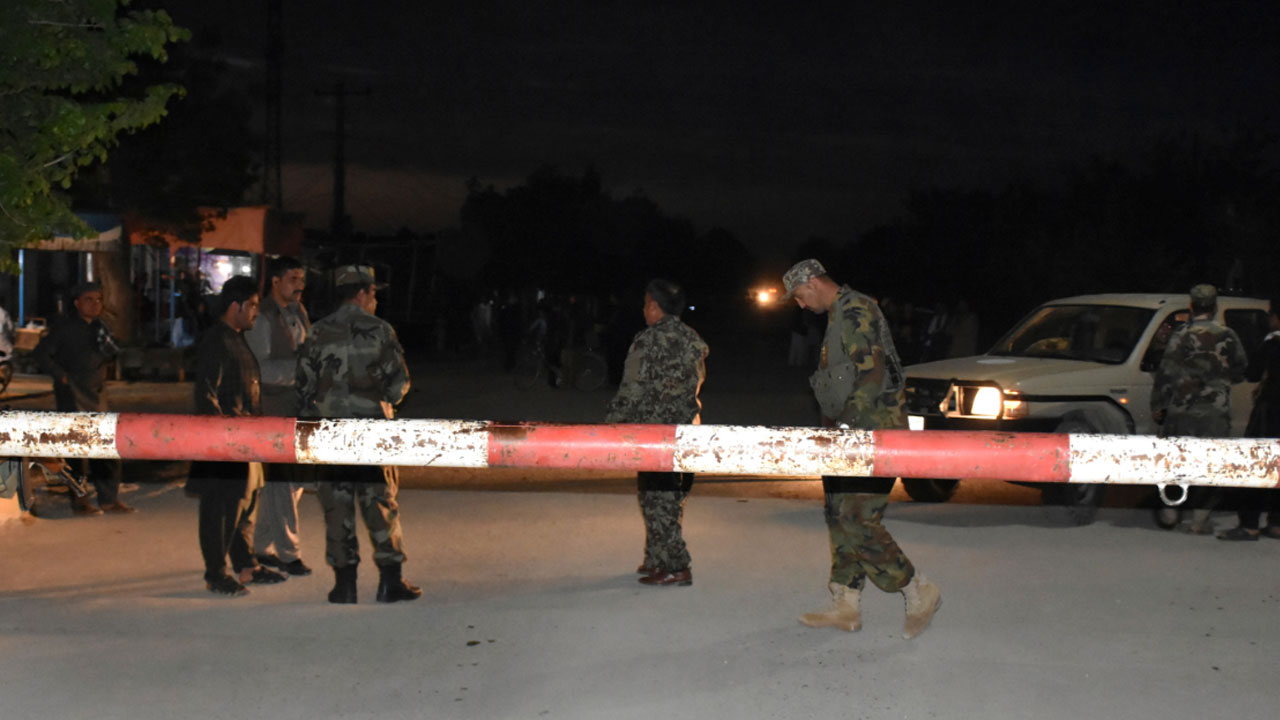 afghan-army-base-attacked_290711