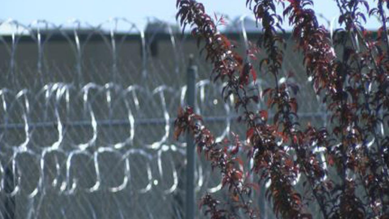 prisonweb_234829
