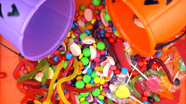Halloween Trick Or Treat Candy Overhead Jack-o-lantern Buckets_360298