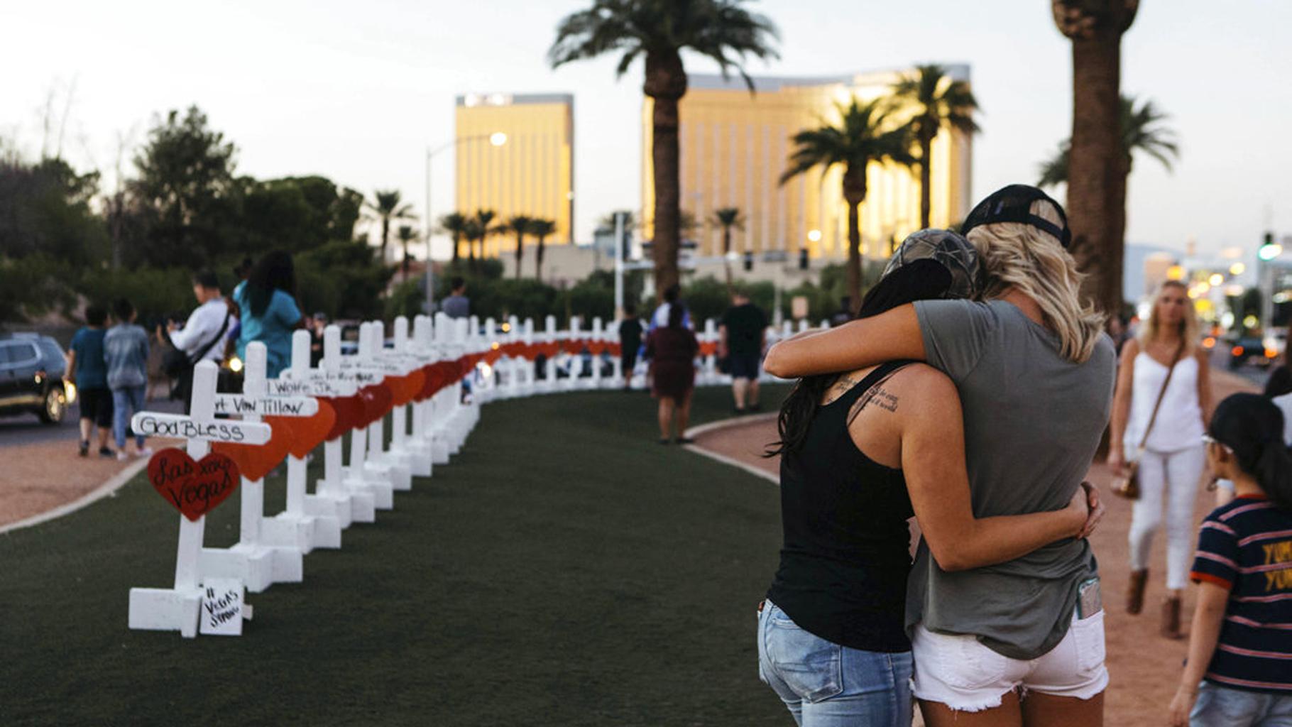 APTOPIX Las Vegas Shooting_356094