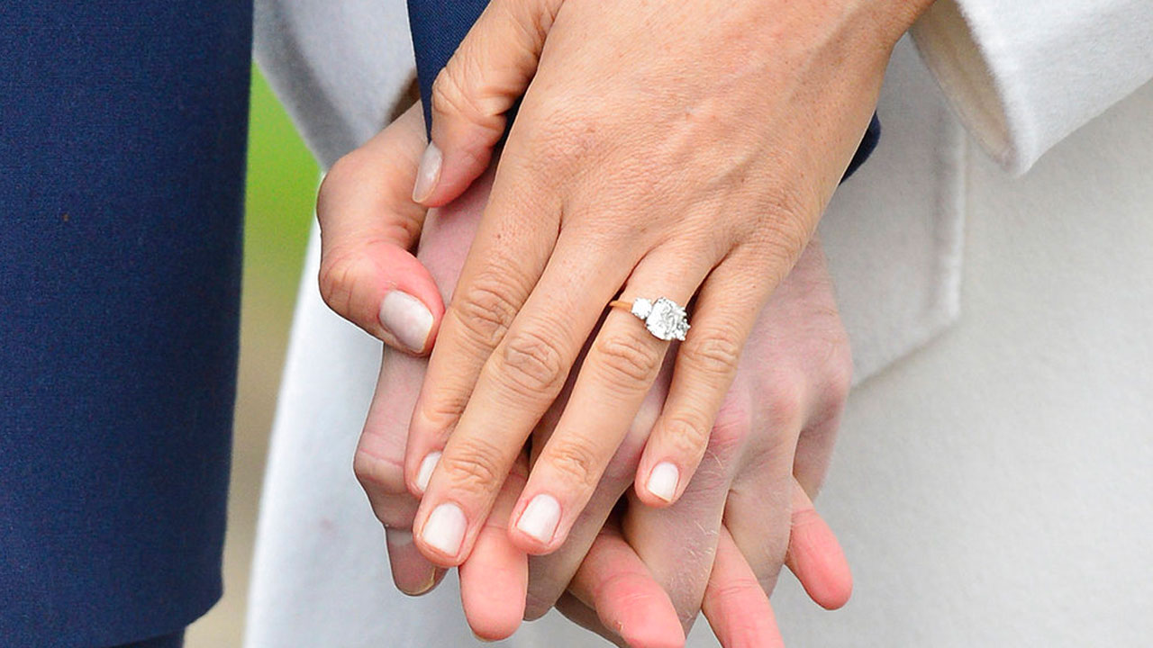 engagement-ring_368372