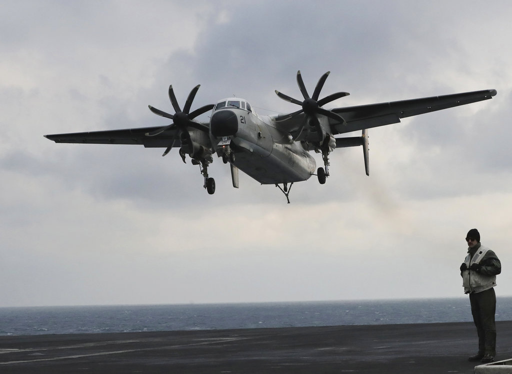 US Navy Aircraft Crash_367399