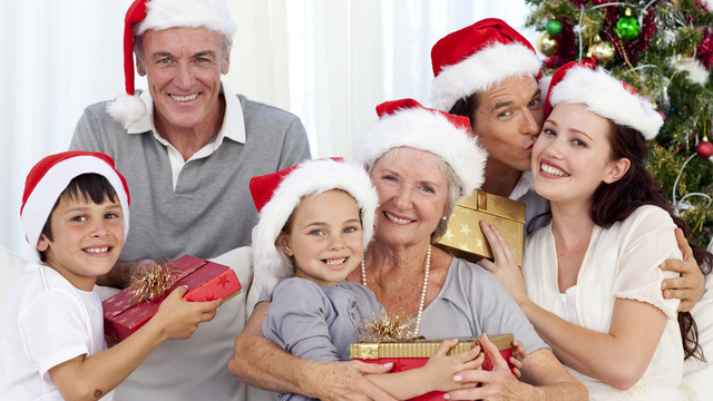 christmas-family-grandparents-children-presents-holidays_1513118073919_323021_ver1-0_30202802_ver1-0_640_360_372030