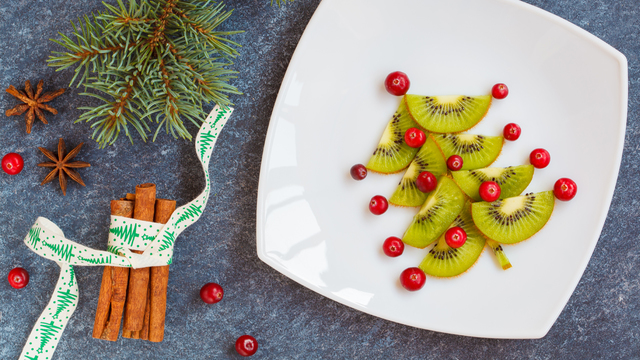 healthy-christmas-holiday-meal_1512687951187_321852_ver1-0_30005448_ver1-0_640_360_370535