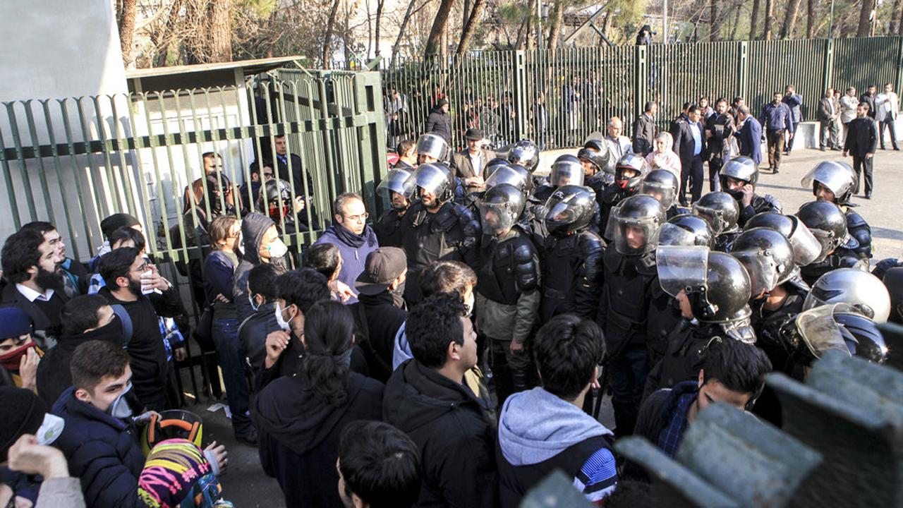 Iran Protest_375824