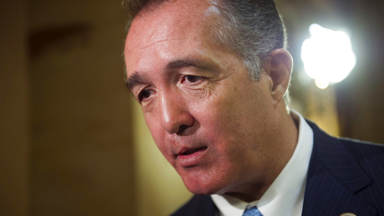 Congressman Resigning_370474