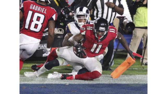 Falcons Rams Football_377556