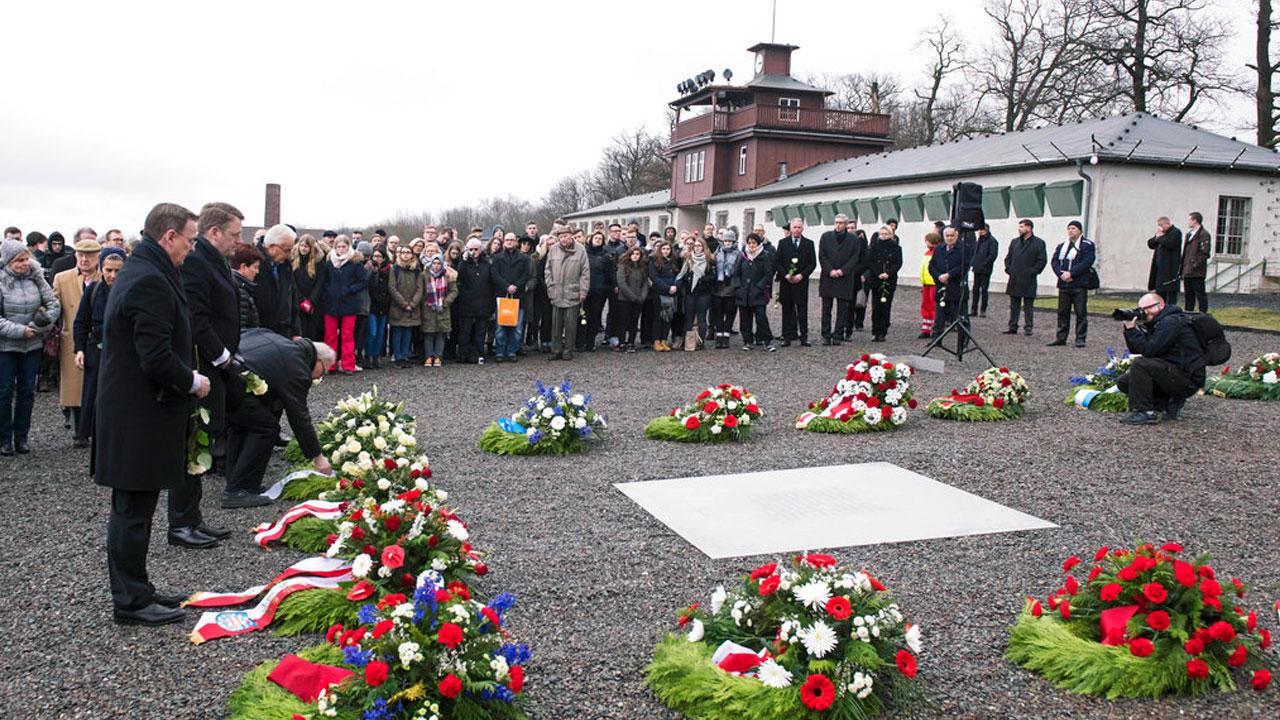 holocaust-remembrance_383808