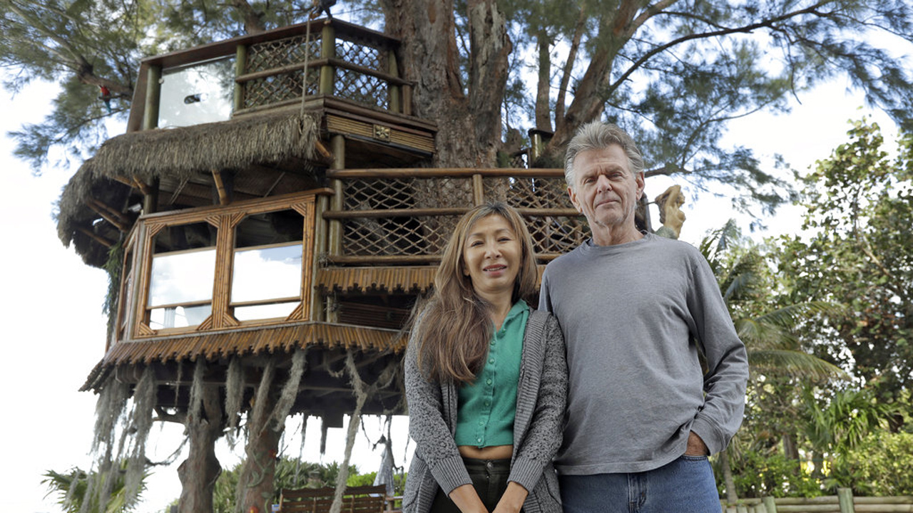 Treehouse,Lynn Tran,Richard Hazen_377354