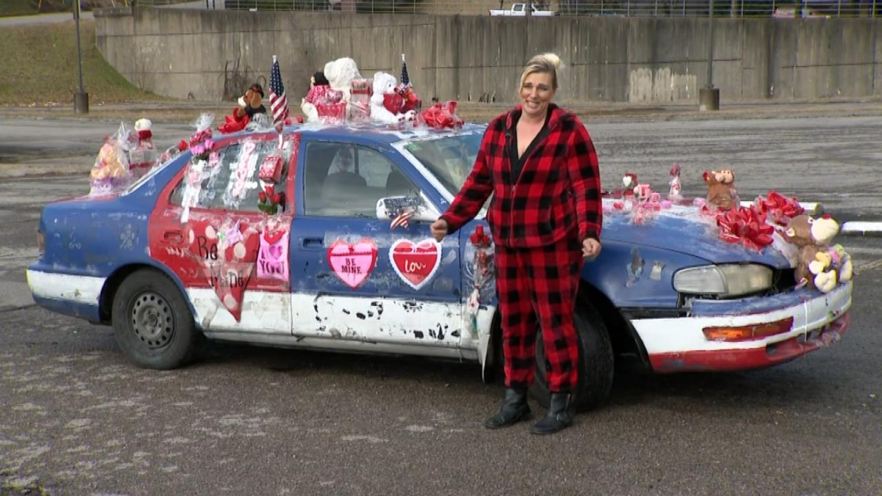 020518_valentine_car_web_386951