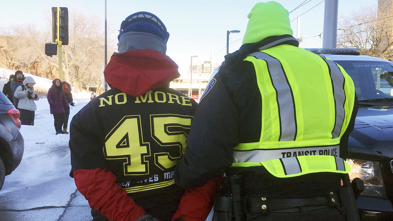 Super Bowl Protests Football_386285