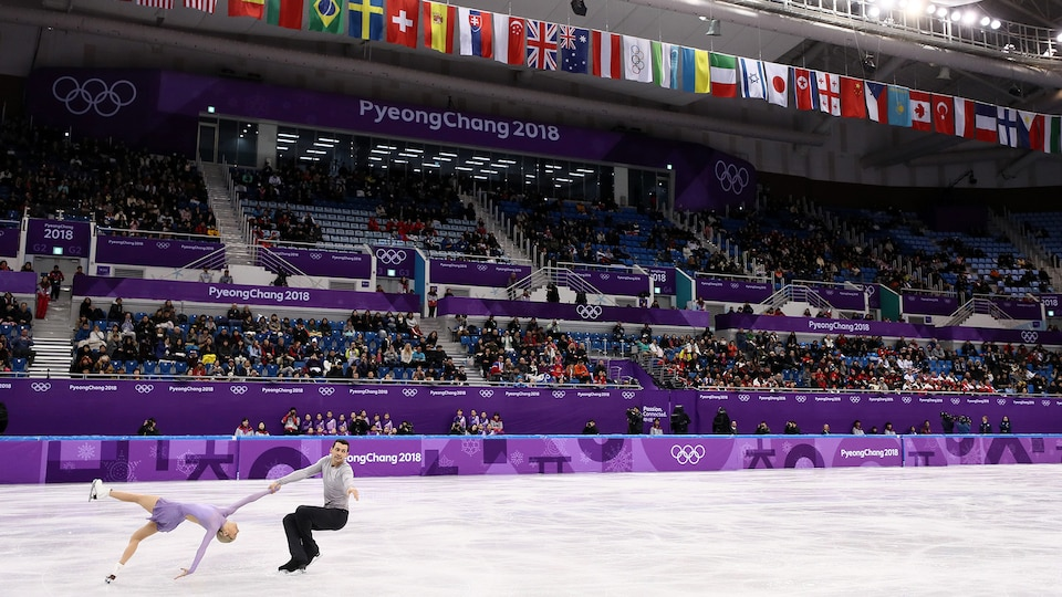 figure_skating_pairs_390740