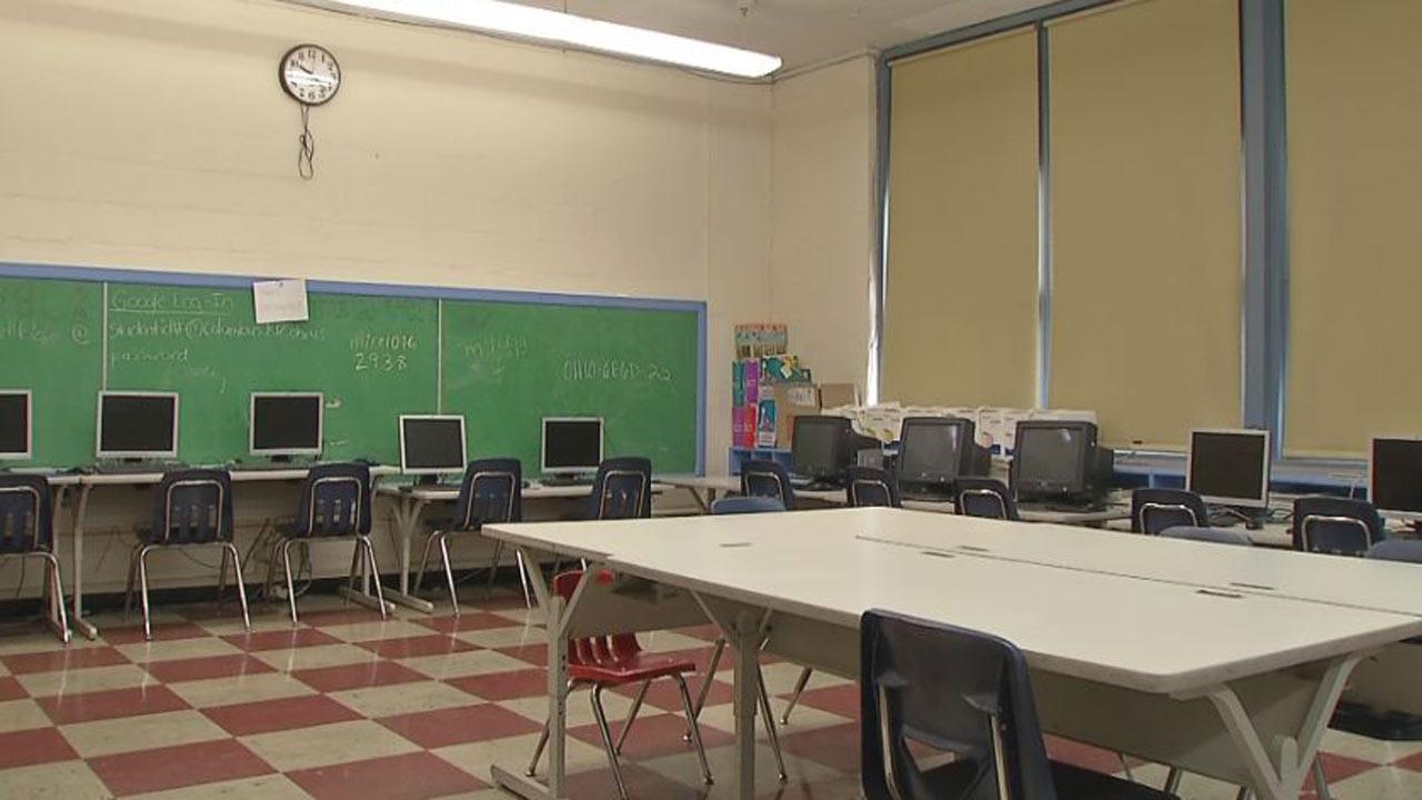 generic-school-classroom_305741