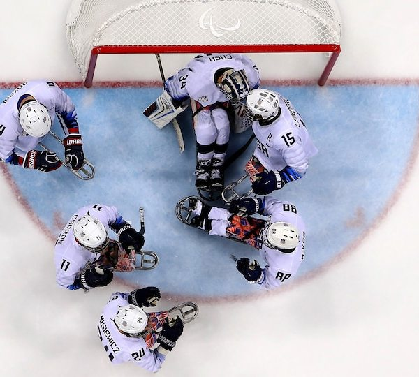 para-sled-hockey-usa-gettyimages-930764172-1920_402610
