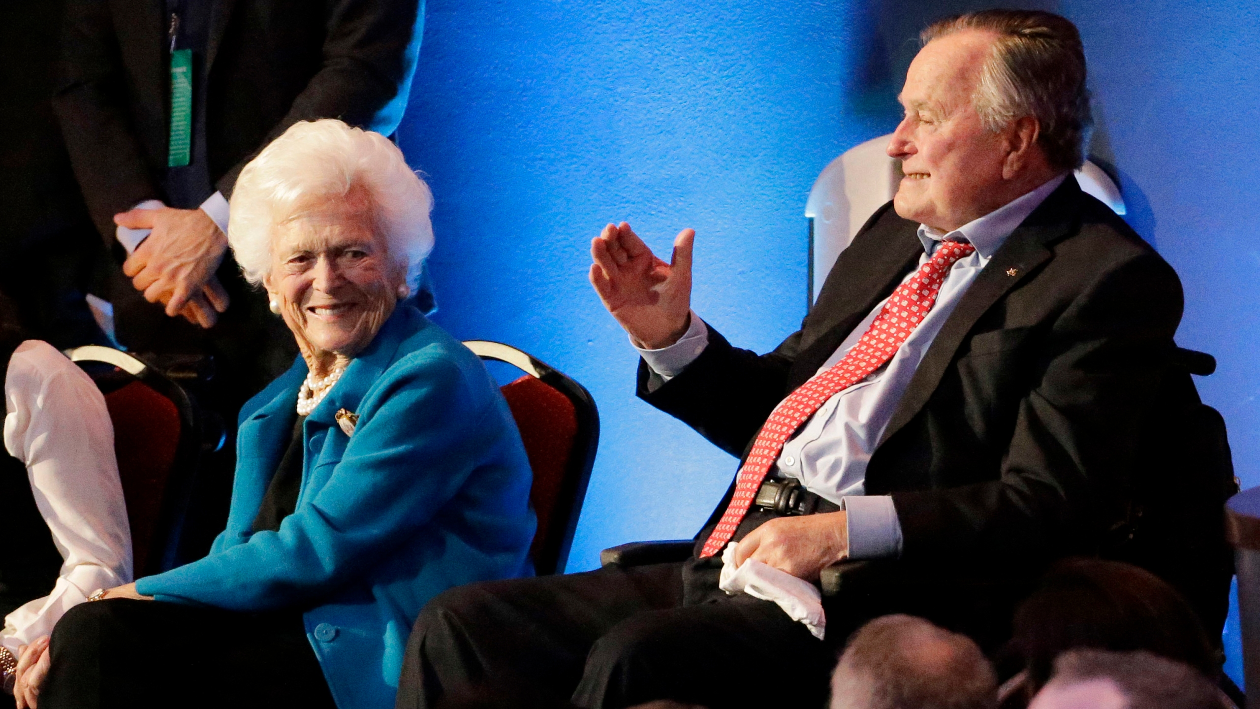 George Bush,Barbara Bush_233476