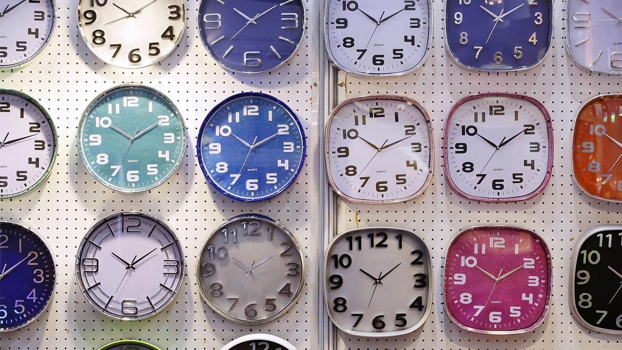clocks_1525395037247.jpg