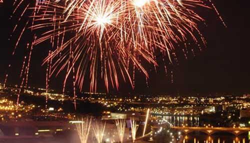 fireworks_1528203470004.jpg