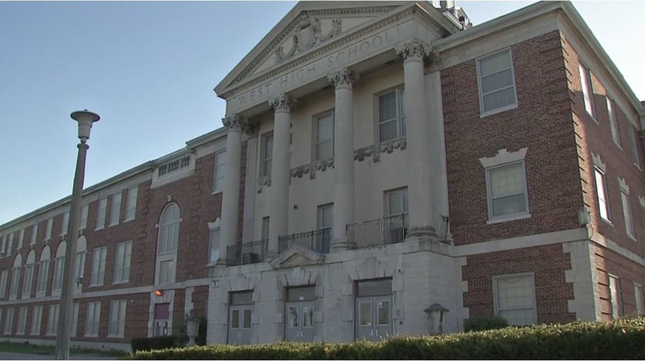 Columbus City Schools dismissing early Tuesday due to heat