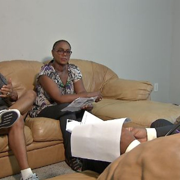 Couple fights apartments delinquent credit charge