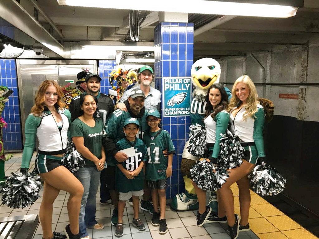 Eagles Fan Subway Pole Football_1539964197344