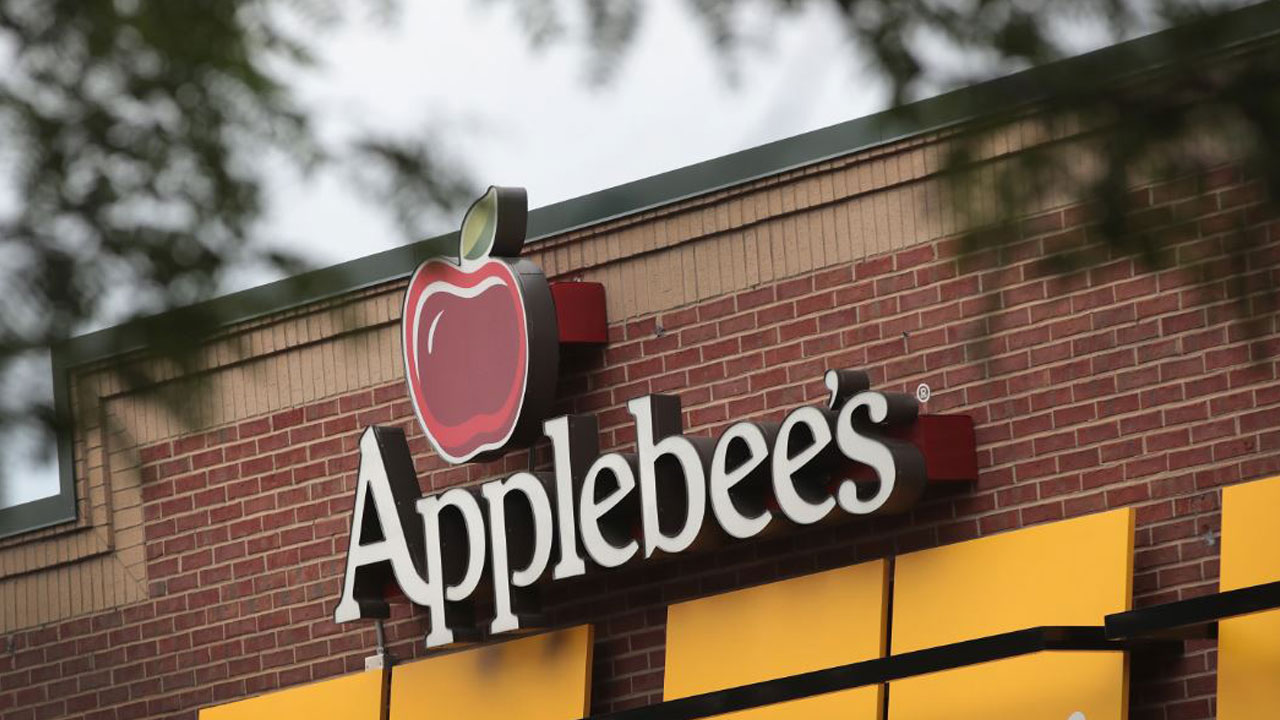 Applebee's-free-food_1541173188608.jpg