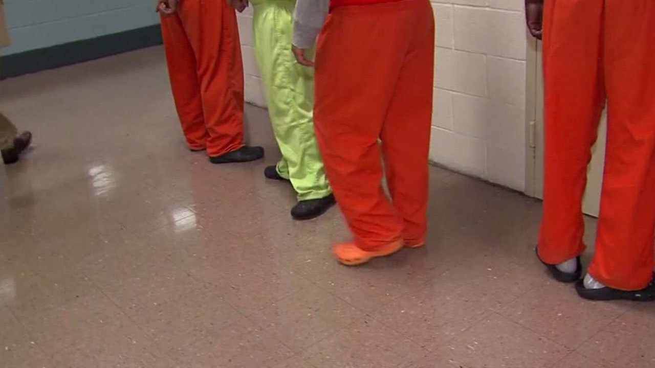 FBI investigating Cuyahoga County jail on brutality, civil