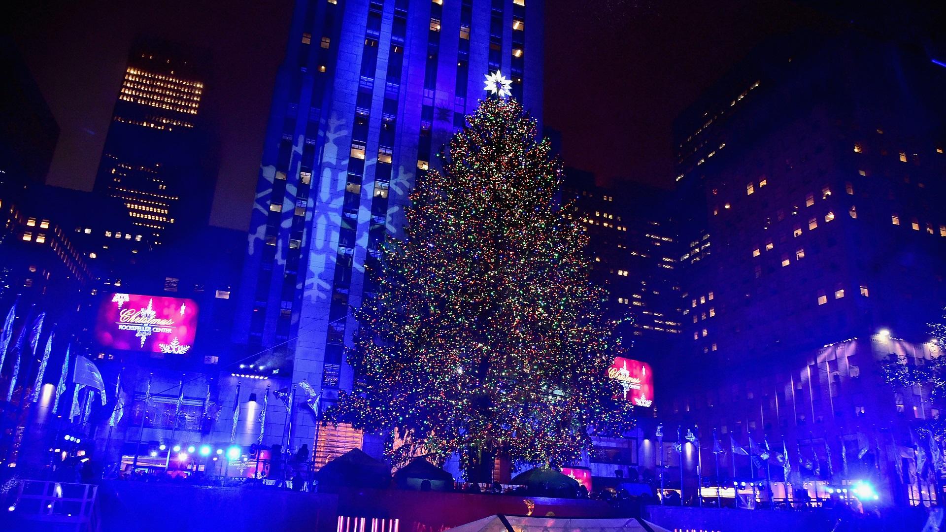 CHRISTMAS TREE ROCKEFELLER-846652698