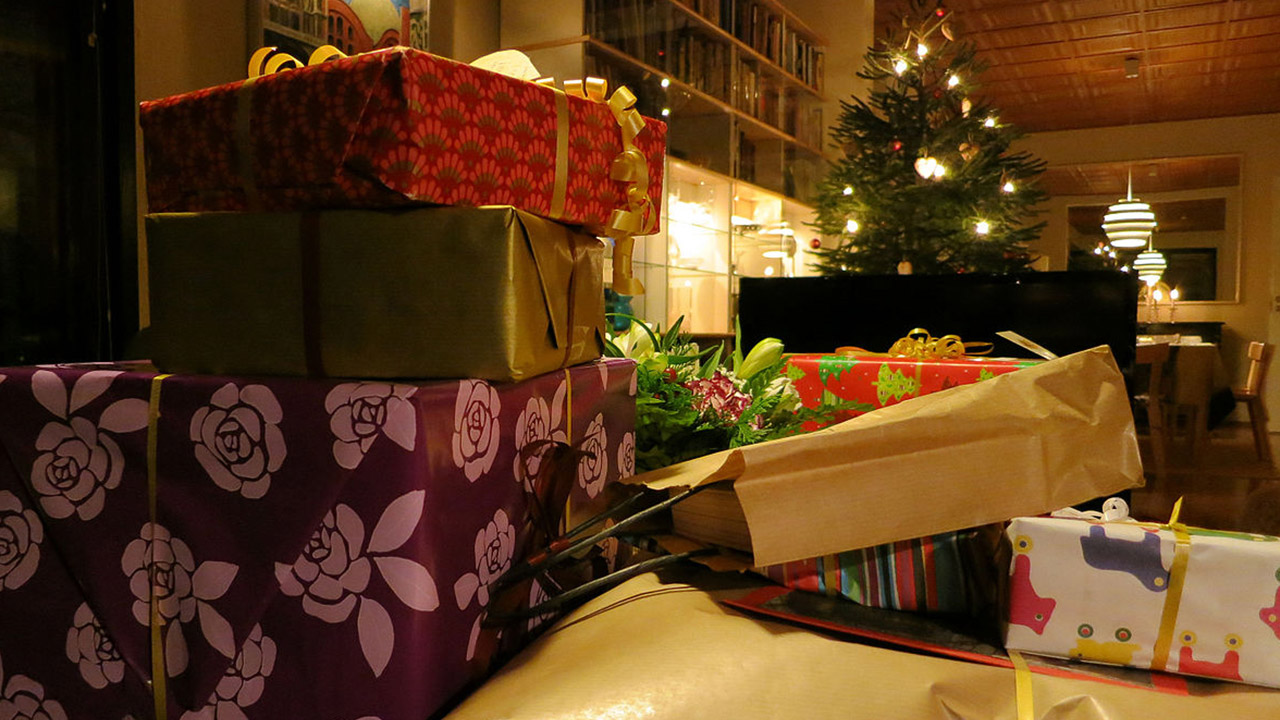 christmas-gifts-presents_224216