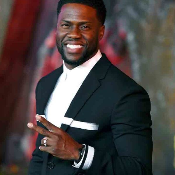 Kevin Hart quits as Oscars host over his anti-gay tweets