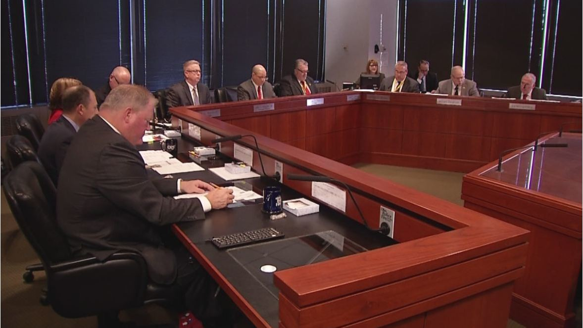 Police and fire retirees plan lawsuit against pension board over health care