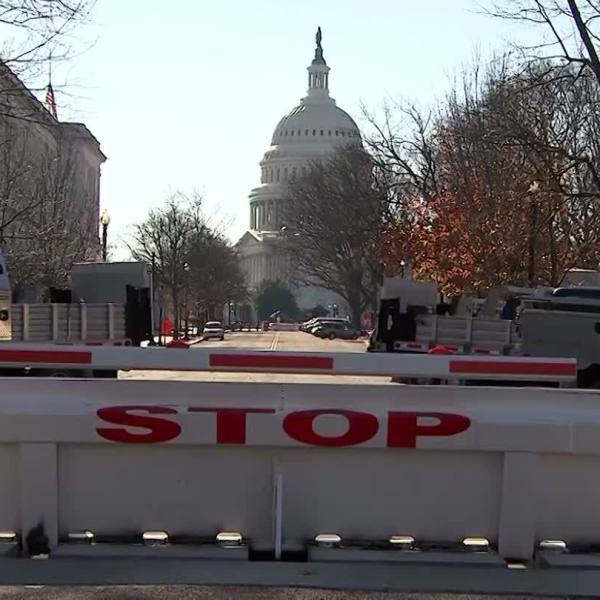 Bills seek compensation for contract workers who went unpaid during shutdown