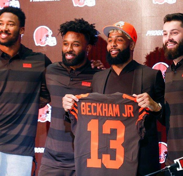 Browns Beckham Arrives Football_1554152712915