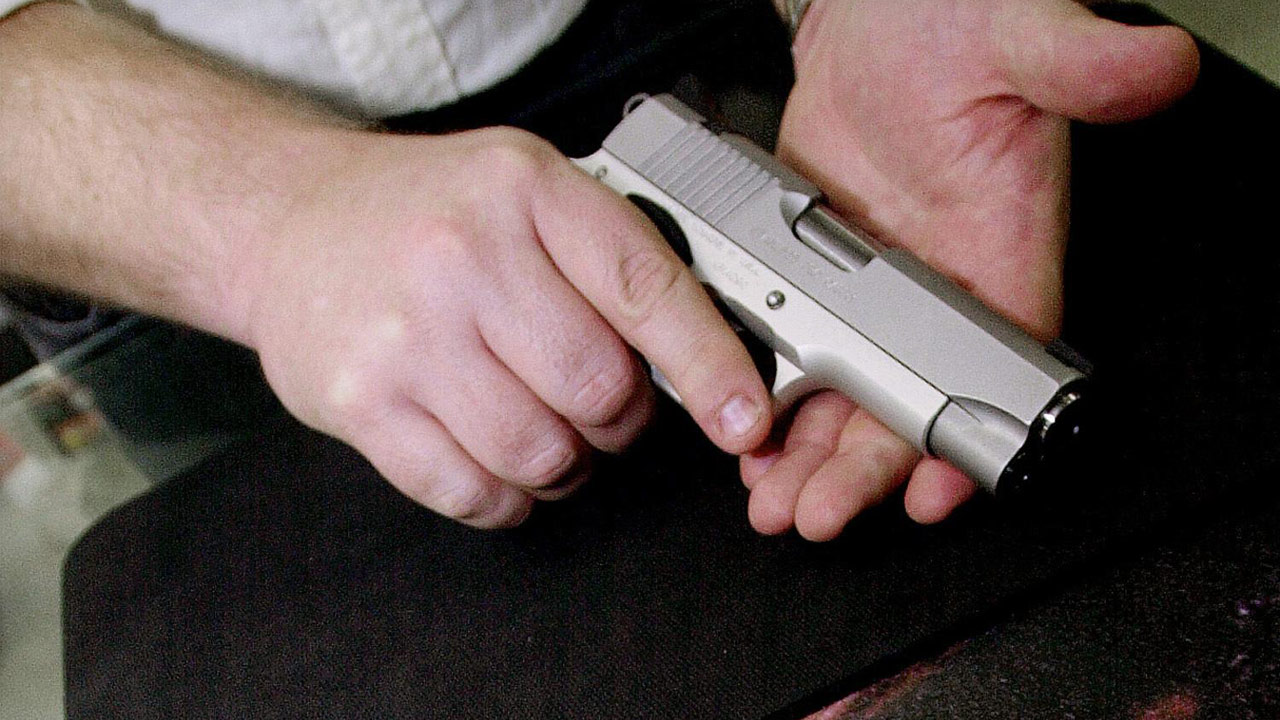generic-semi-automatic-pistol-gun_202967