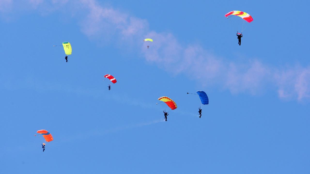 skydiving parachute_1554726446145.jpg.jpg