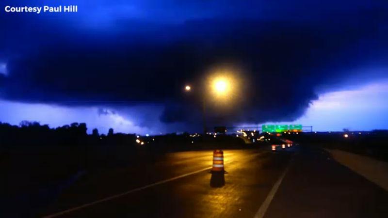 6 tornadoes tear through Ohio Monday, leaving a trail of destruction