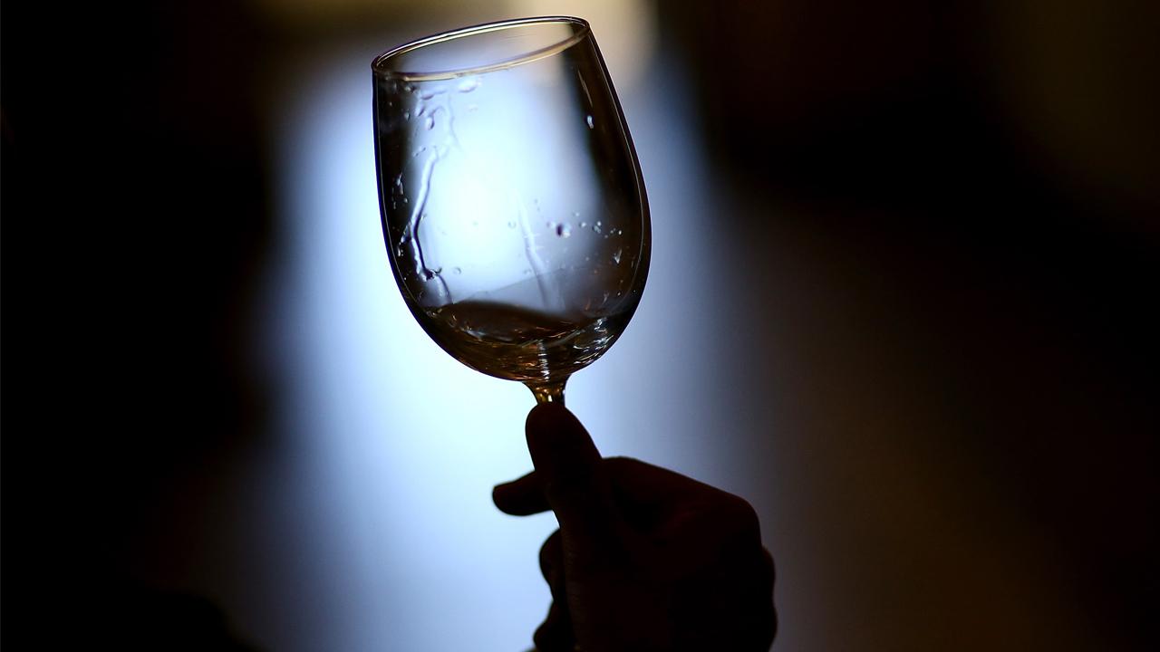 wineglass_1558039228021.jpg
