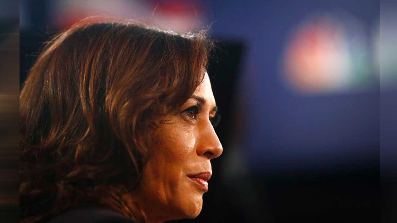 Kamala Harris 2020 Democratic rivals defend her after tweet