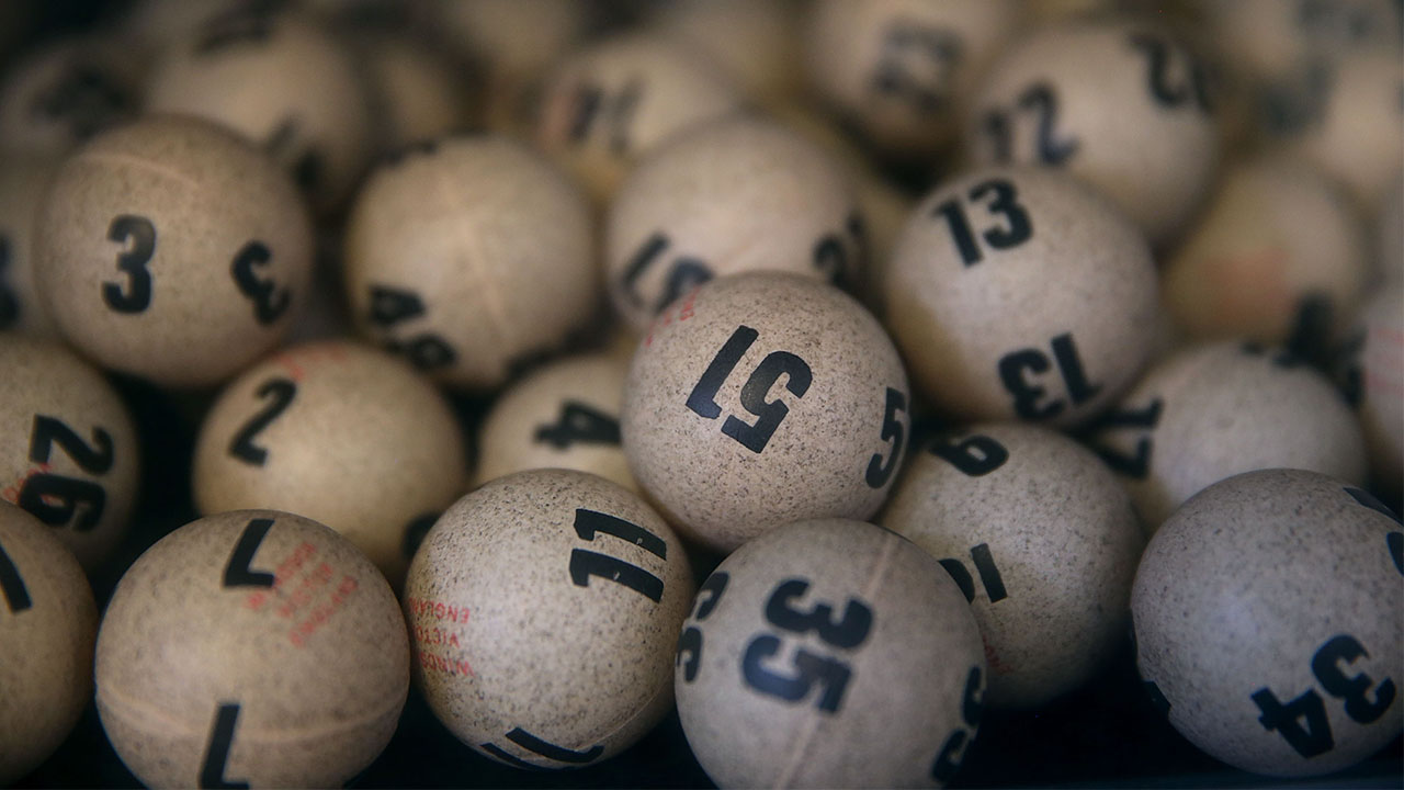 10 things more likely than winning huge Powerball and Mega ...