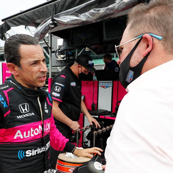 Castroneves Shank Indy 500 practice