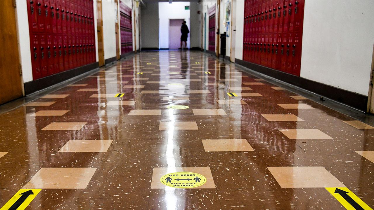 Hollywood High School hallway covid