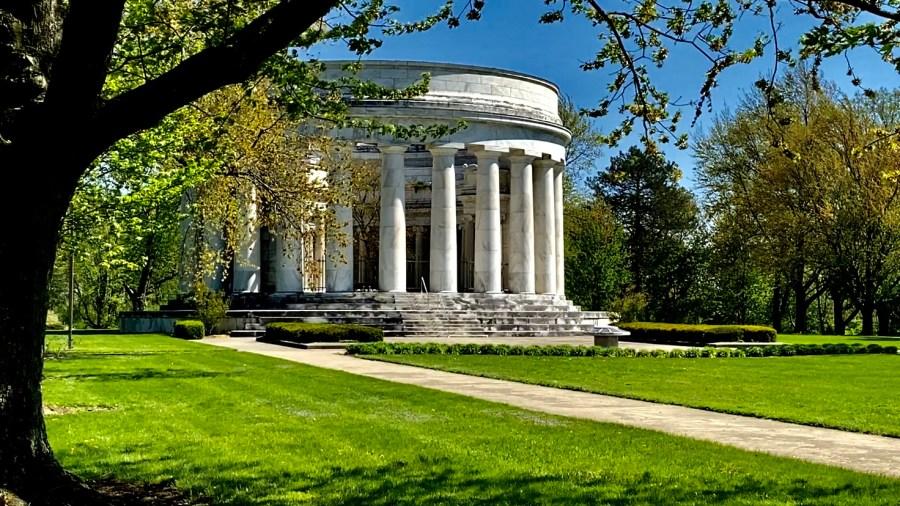 President Warren G. Harding Monument